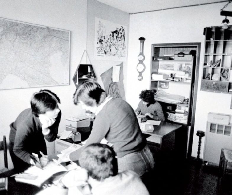 Punto Radio ufficio - Storia della radiotelevisione italiana. La magnifica storia di Punto Radio (la radio di Vasco Rossi)