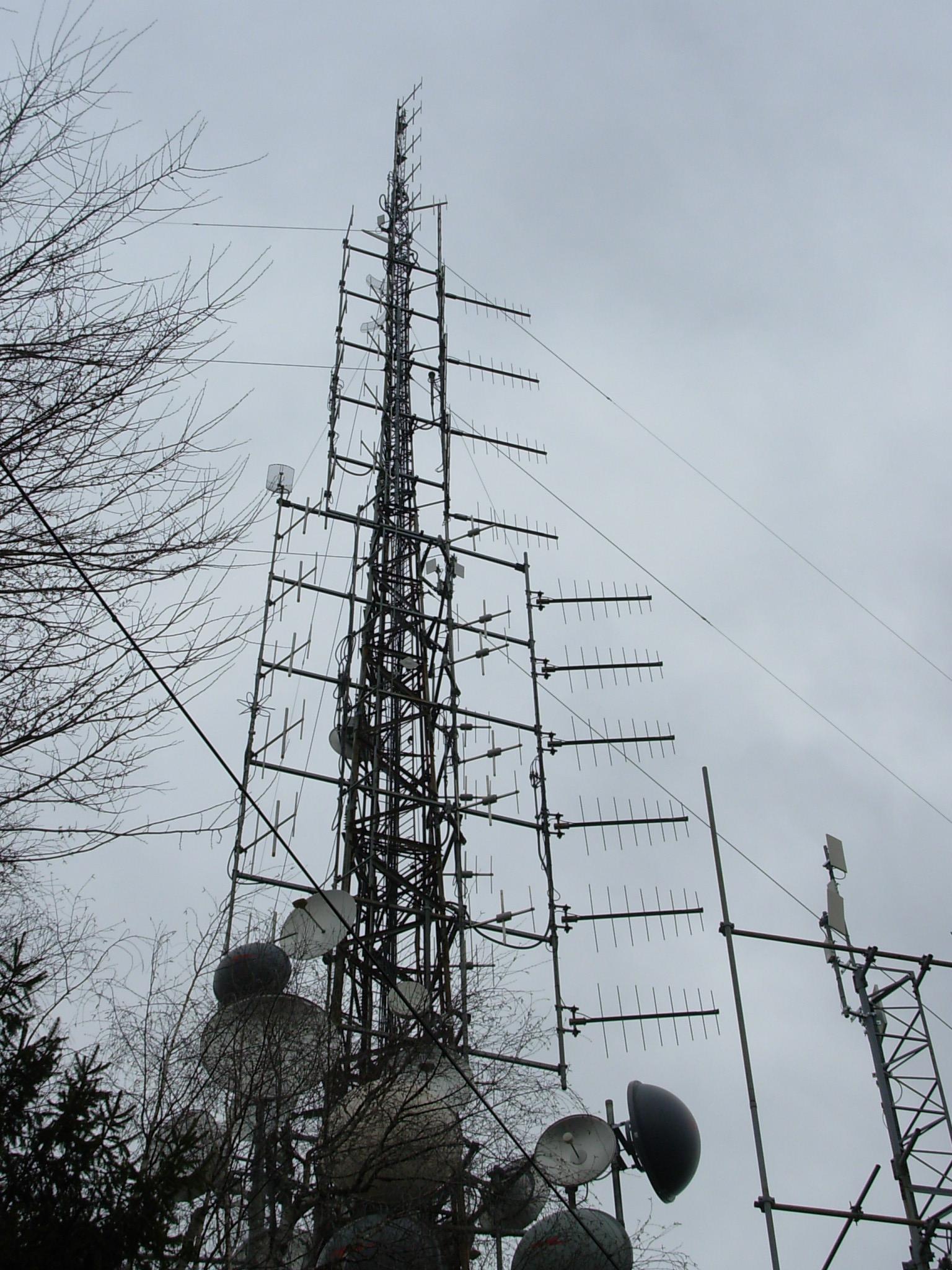 antenne20Monte20Maddalena20Brescia - Elettrosmog, Brescia: esperti a convegno