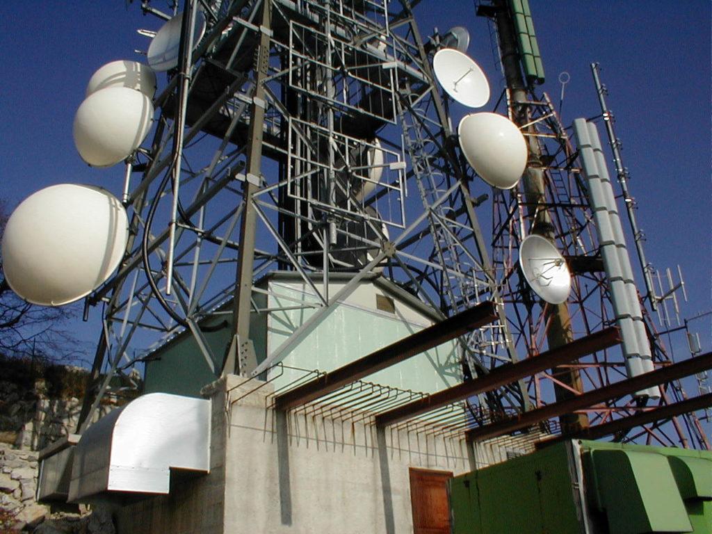 """antenna20radiotelevisiva20Valcava 1024x768 - DTT, delibera Agcom su criteri migrazione, CNT-TPD: """"L'Autorità spinge tv locali e indipendenti verso il baratro"""""""