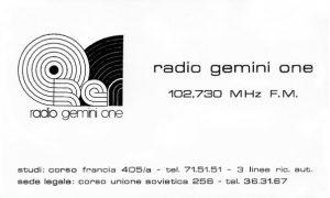 radio gemini one adesivo 300x180 - Storia della radiotelevisione italiana. Torino, anni '70: Radio Gemini One