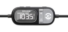 BELKIN TuneCast - TuneCast Auto Live di Belkin invia all'autoradio la musica archiviata sull'iPhone, per ascoltarla sullo stereo dell'auto