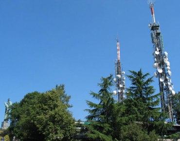 """antenne20colle20della20maddalena20torino203 - Digitale terrestre, Paolo Romani: """"Non lasceremo nessuno senza televisione"""". Ma la tensione per lo switch-off del Piemonte occidentale è alta"""