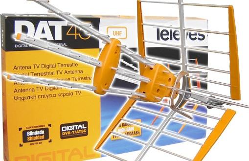 Antenna20digitale20terrestre - DTT: migrazione si paga anche con audience. Ma big player recuperano rapidamente, mentre operatori locali vedono futuro nero davanti