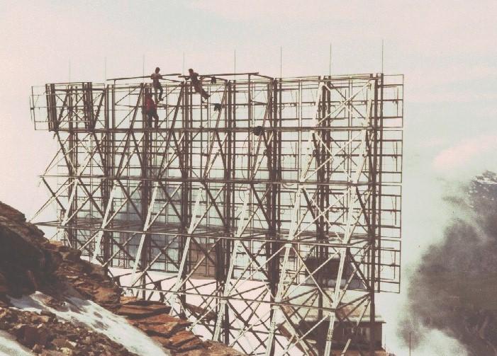 radio 24 antenne 4 - Storia della radiotelevisione privata italiana. Ginevra 1984: apocalisse annunciata delle radio italiane