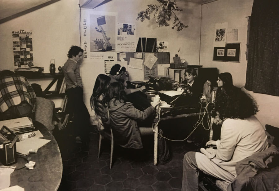 Radio Alice studio 1 - Storia della radiotelevisione italiana. Le radio del Movimento: Radio Alice, il linguaggio sporco di Bologna
