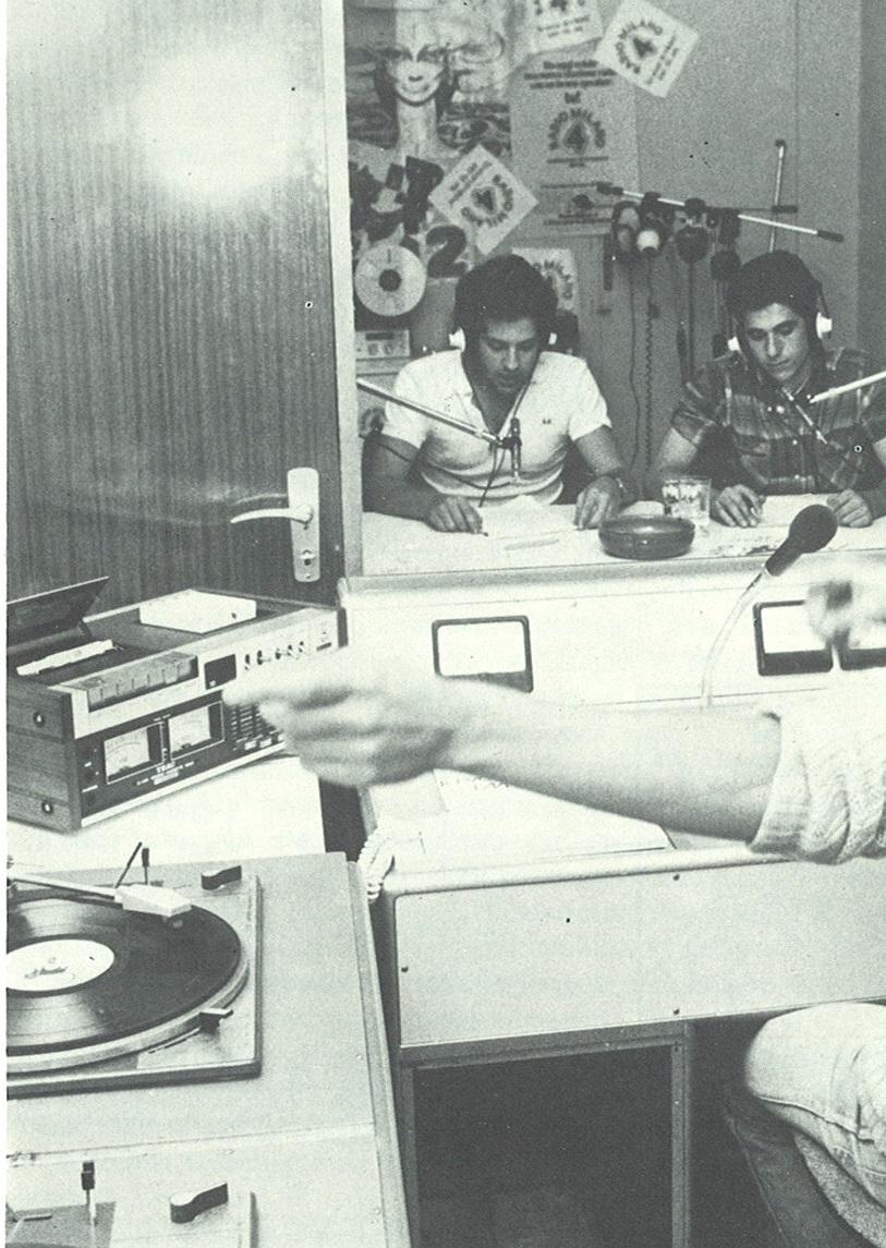 Radio MIlano 4 - Storia della radiotelevisione italiana. Milano, 1980: la scommessa di Radio Città 1 & 2