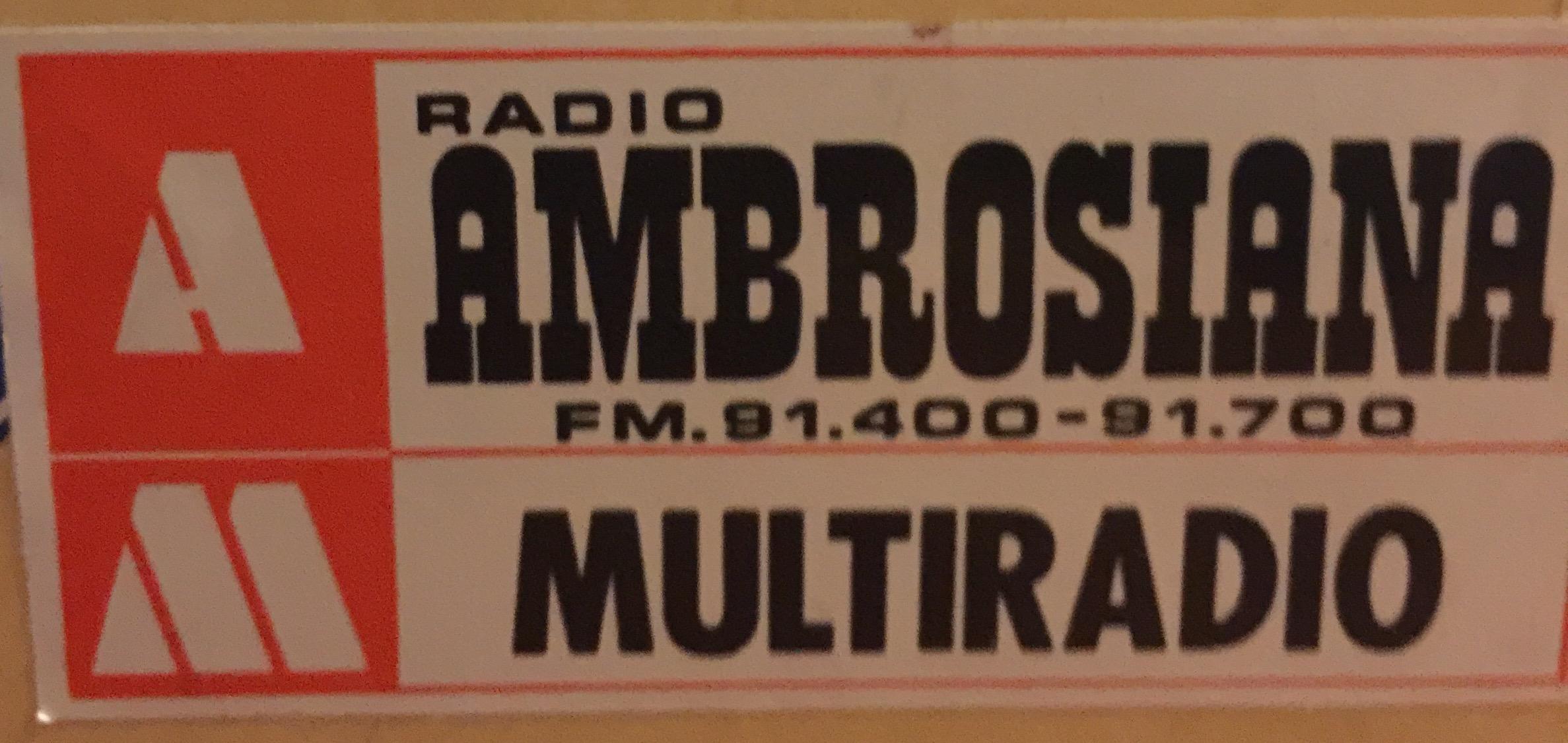radio ambrosiana multiradio - Storia delle radiotelevisione italiana. 1980, Lombardia, Multiradio: prima rete interregionale interconnessa