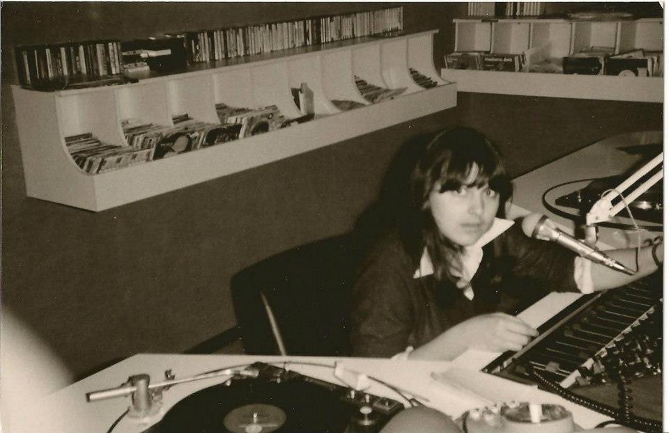 Radio Scarpandibus studio - Storia della radiotelevisione italiana. Pordenone in FM venti anni fa ed oggi