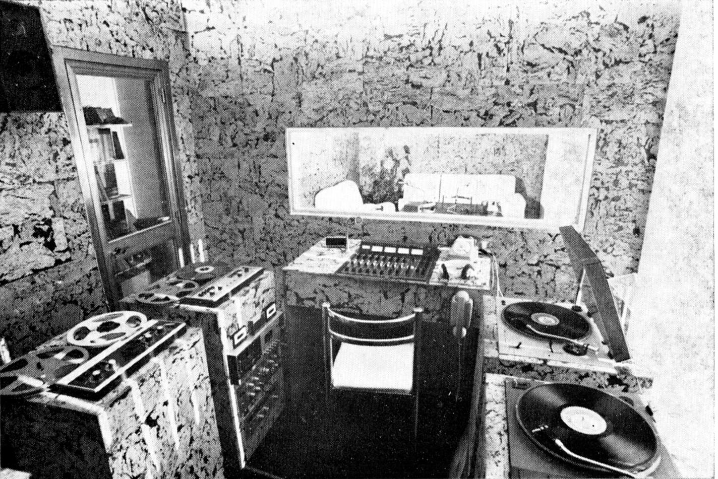 Radio In sala regia - Storia della radiotelevisione italiana. Roma, Radio In: genesi di una delle prime syndication italiane