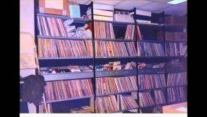 archivio dischi 300x169 1 - Storia della radiotelevisione italiana. Radio Elle: quando a Roma, nel 1975, si pensava in grande