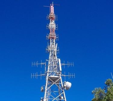 antenne20VHF20Tv20e20FM - DTT, DL 98/2011: misure in materia di razionalizzazione dello spettro radioelettrico. Incentivato volontario rilascio frequenze. Limitata la tutela giudiziaria