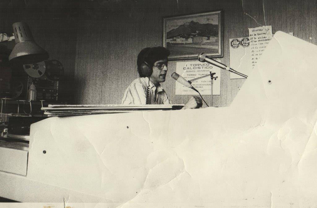 fabio santini radio milano international - Storia della Radiotelevisione italiana. Novembre 1975: 86 radio libere riunite a Firenze per il primo censimento radiofonico italiano