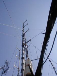 antenne20FM20Milano20Breda 225x300 - Radio e Tv. Lazio, Cds decide su Monte Cavo (Rm): via le antenne. Ricorso respinto