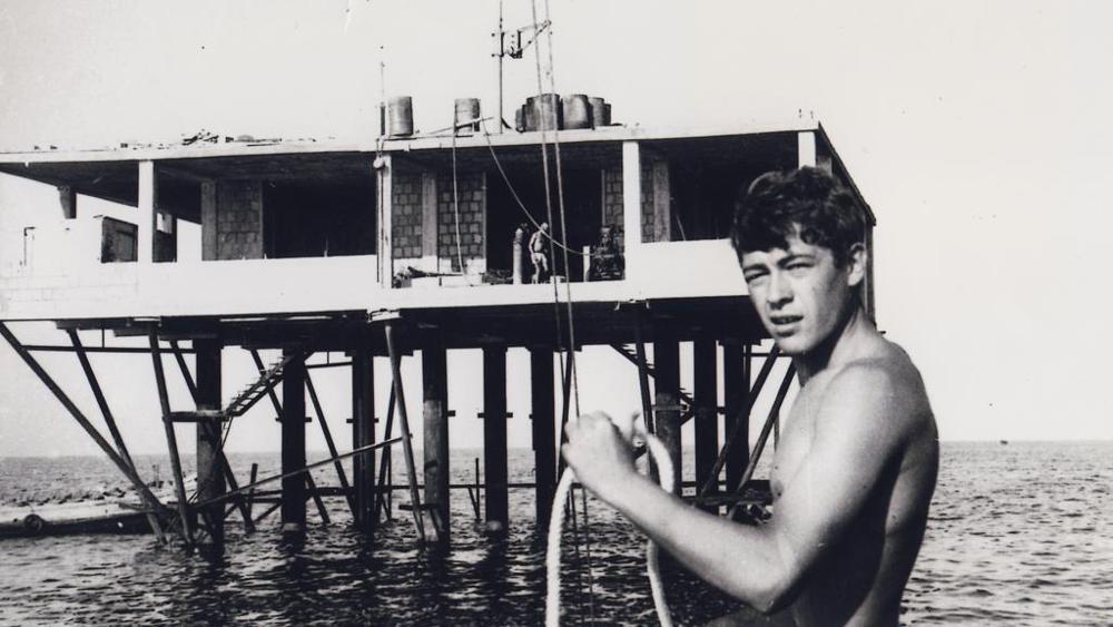 Isola delle rose 5 - Storia delle radiotelevisione italia. 1968: Radio delle Rose, prima stazione offshore italiana