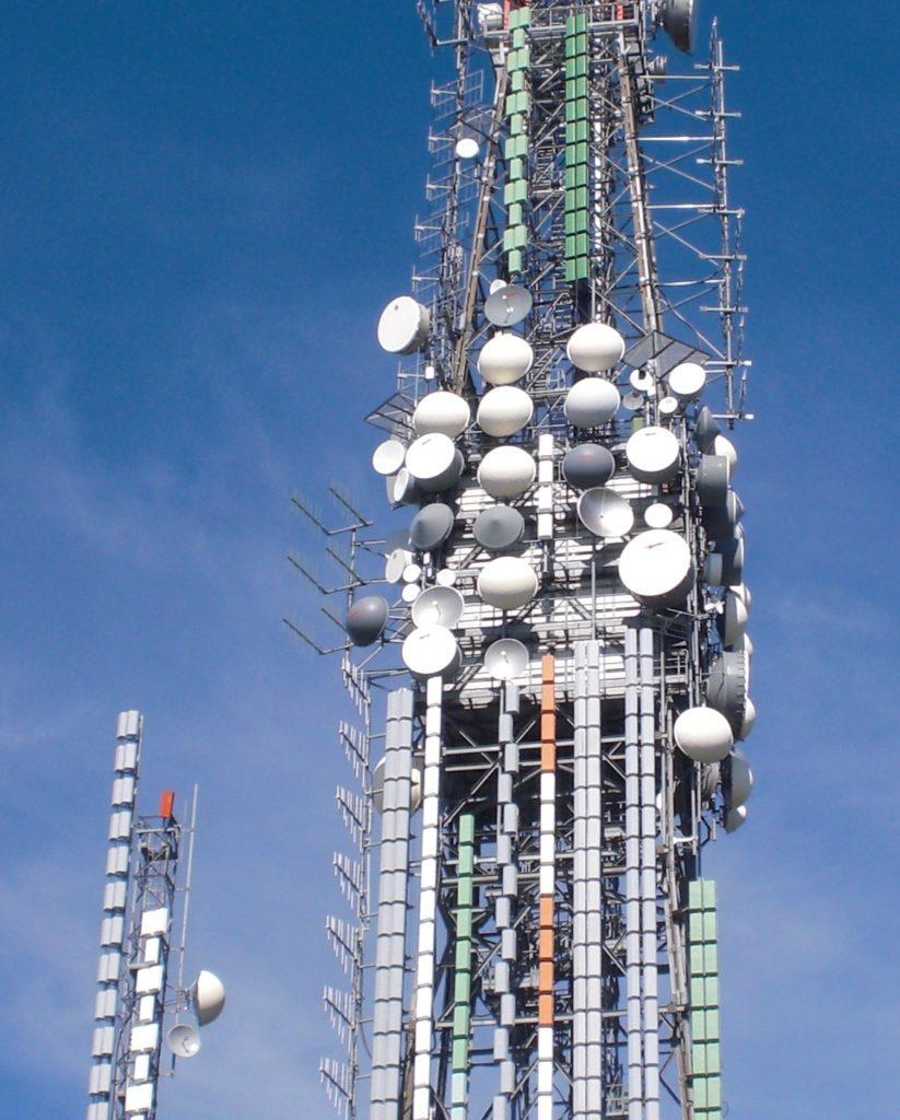 antenne20postazione20Valcava 823x1024 - DTT, graduatorie assegnazione frequenze. FRT: con il meccanismo delle intese a rischio le tv locali più grandi. Ministero riveda orientamento