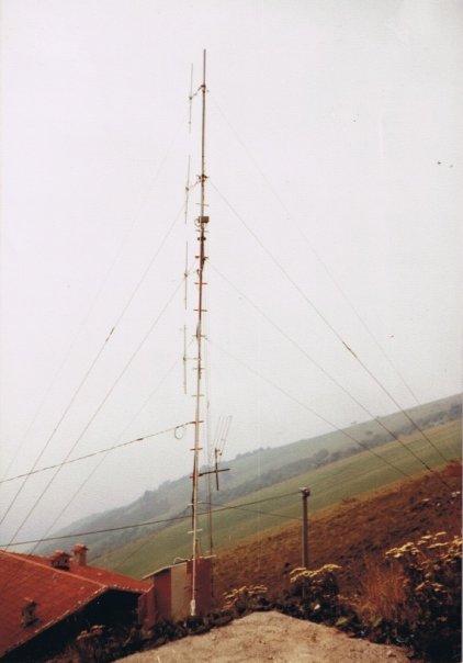 Radio Caroline ripetitore San Fermo Bg 1 - Storia della Radiotelevisione italiana. Bollate (Milano): Radio Caroline, un'esistenza all'ombra di Music 100