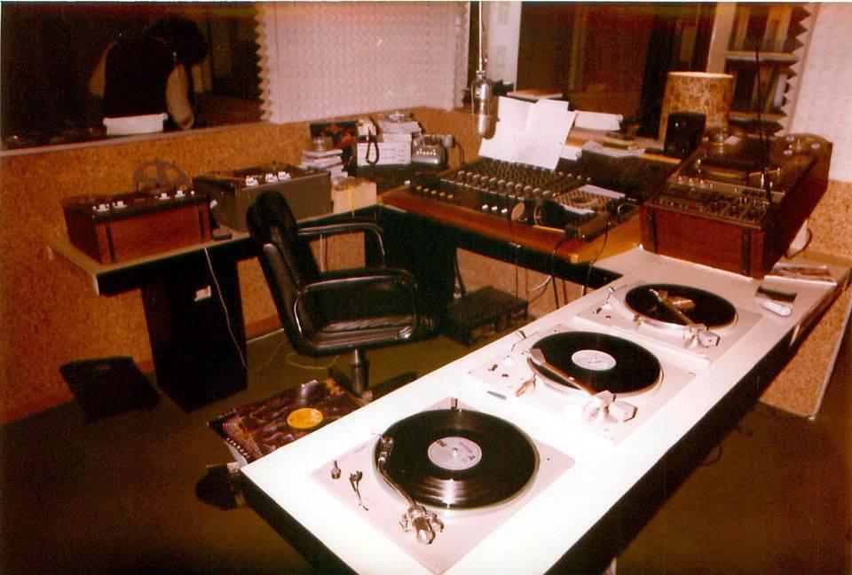 radio music milano - Radio. Nell'era 4.0 ricordando i mitici Lenco L75 e L78...
