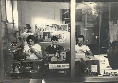 tele libera firenze 1977 - Storia della Radiotelevisione Italiana. 1975: la tv privata si spoglia