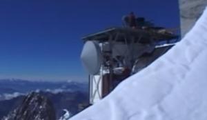 Radio Mont Blanc dettaglio parabola rx 300x174 1 - Storia della radiotelevisione italiana. Radio Mont Blanc: dalla Val d'Aosta alla conquista della Francia