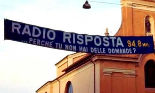 radio risposta striscione - Storia della radiotelevisione italiana. Emilia Romagna, 1977: nasce Radio Risposta (Modena)