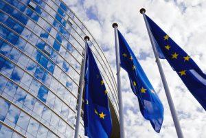 bandiera20europa20jpg1 300x201 - Privacy. Nuovo Regolamento UE in vigore nel 2018, sanzioni pensanti per imprese non conformi