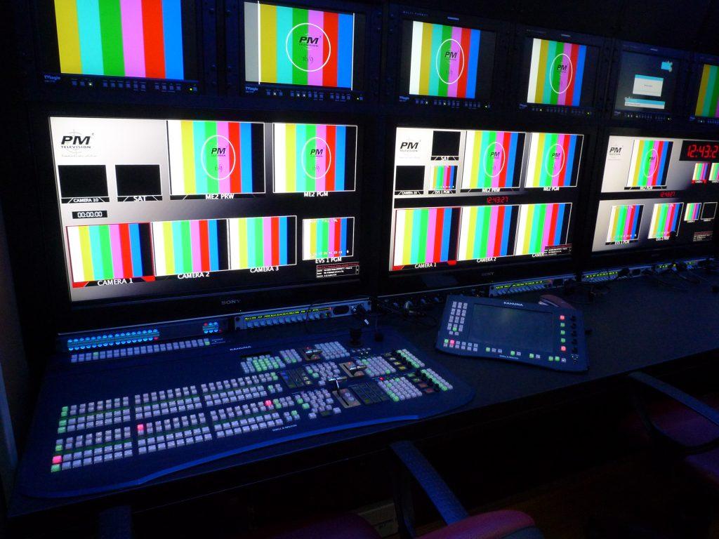 Studio televisivo Regia Mobile 1024x768 - Tv locali. Auditel: Telenorba e Telelombardia le più viste, bene anche Canale 21