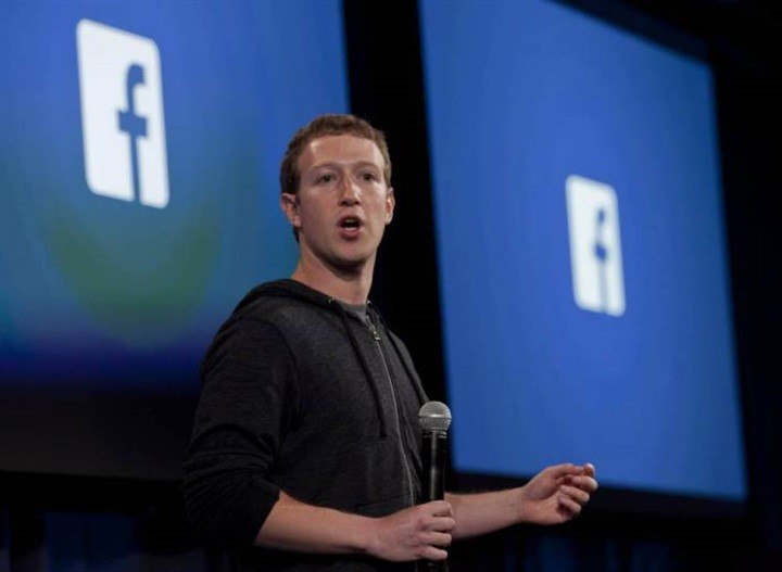 Facebook Zuckerberg - Web e informazione. Facebook strumentalizzato dalla politica Zuckerberg lo ammette in un rapporto