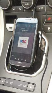 NBC Milano smartphone 1 169x300 - Radio. Per giovani auto sempre meno importante. Eppure aumenta fruizione medium automotive