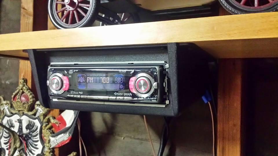 """autoradio vecchia - Radio digitale. Lo sfogo di un editore: """"Mi prende l'ansia da device"""""""