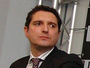 """de siervo luigi infront ad 300x225 - Diritti TV. Pacchetti Serie A: sempre più web, ma rischio """"spezzatino"""""""