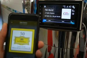 22 HBG FM World Radio Classica 300x201 - Radio digitale: chi non presidia la multipiattaforma sarà presto fuori dai giochi