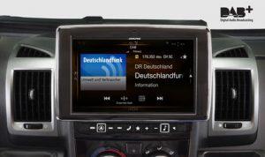 Autoradio Alpine slide show 300x178 - Radio. L'innovazione nei sistemi multimediali delle vetture