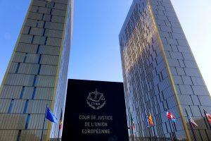 Corte Giustizia Unione europea Lussemburgo 300x200 - Diritto d'autore & web. Corte Giustizia UE stabilisce responsabilità solidale per piattaforme ospitanti contenuti in violazione copyright. FB e Google nel mirino