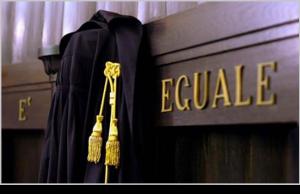 Toga 300x194 - Diritto, procedura penale. La riforma del processo penale è legge