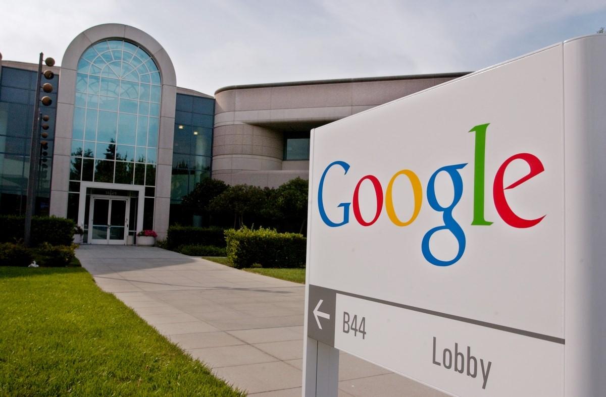 google lobby - Web. Contraddizioni (apparenti): Google lancia un Adblock. Ma intanto tende una mano agli editori