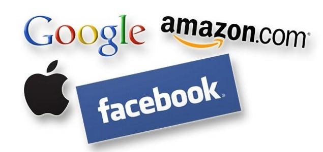 Google Apple Facebook Amazon - Stampa vs web: è crisi mondiale della carta. Negli USA giornali dichiarano guerra a oligopolio web. Pronta alleanza tra editori