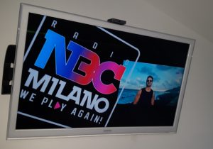 NBC Milano audiografica 300x210 - Telefonia e connected car. Ok Antitrust a Iliad per acquisizione torri Wind. Presto tariffe flat Free Mobile. Il punto su IP Radio
