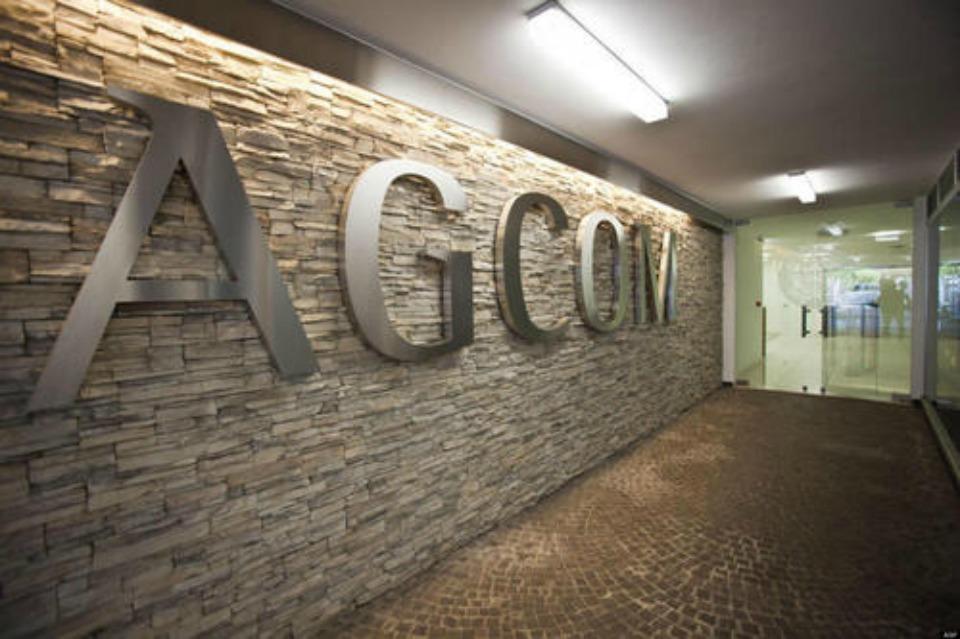 agcom cover - Informazione & web. Agcom: via a lavori su disinformazione online con OTT, stampa e rtv. FB e Google: lotta vs fake news prioritaria