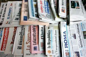 """giornali 300x200 - Web & Editoria. FIEG: priorità riforme per copyright, fiscalità e advertising. Antitrust: """"C'è in gioco la democrazia"""""""