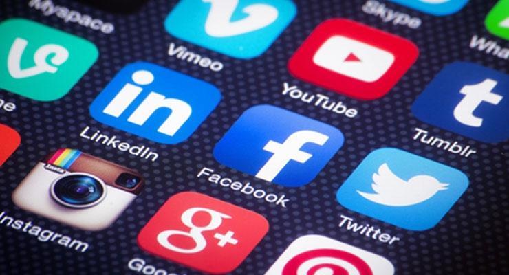 pubblicita online social media - Pubblicità online. Maggio + 7,5%. Mobile +84,1%, tablet (+116,6%) e smart tv (+30,4%). Giù web (-1,1%)
