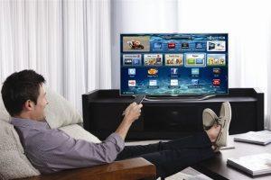 smart tv pubblicità 300x200 - Pubblicità online. Maggio + 7,5%. Mobile +84,1%, tablet (+116,6%) e smart tv (+30,4%). Giù web (-1,1%)