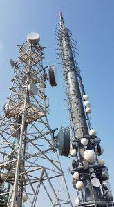Antenne FM e UHF Monte Cero PD 165x300 - Tlc e media. Rapporto Agcom: anche nel 2017 Sky primo operatore. Seguono Mediaset e poi RAI