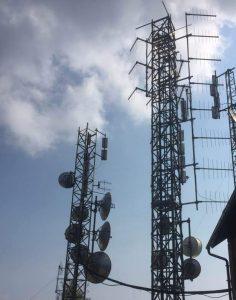 antenne FM Monte Mottarone 236x300 - Radio, indagini d'ascolto. Scoppia il caso dello spoiler sui dati riservati del TER. Possibili evoluzioni imprevedibili