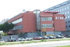 """b92 radio tv sede 300x202 - Radio e Tv. Serbia, la storica B92 cambia nome (e layout): """"Altrimenti non si potrà vendere"""""""