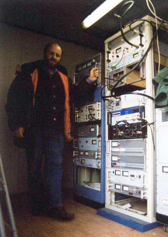 Giorgio Agosti - Storia della Radiotelevisione Italiana. Radio Isarco International: un piede in Italia, l'altro in Austria
