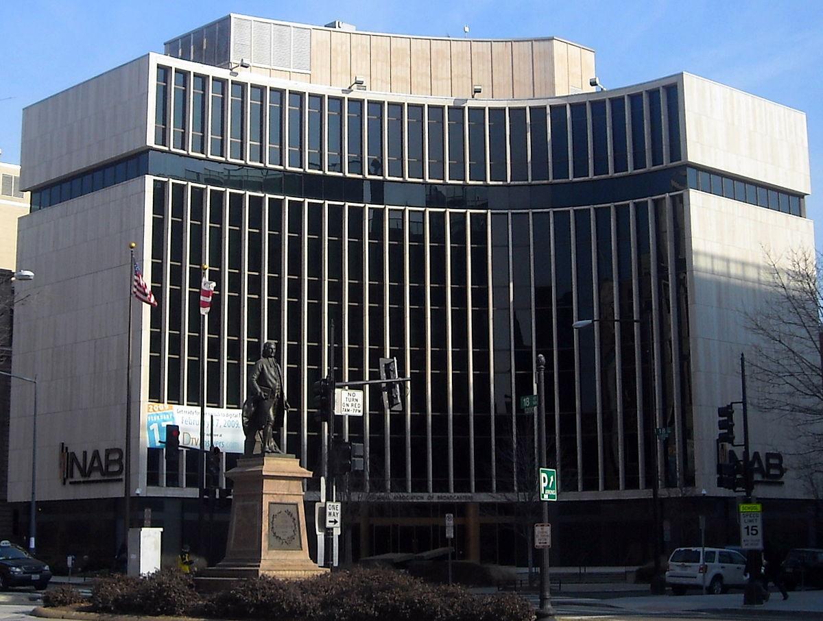 National Association of Broadcasters headquarters - Radio. USA. Reazioni decise da NAB a Rapporto Miller: radio ha ancora ruolo chiave per nuove generazioni e non scomparirà dalle auto