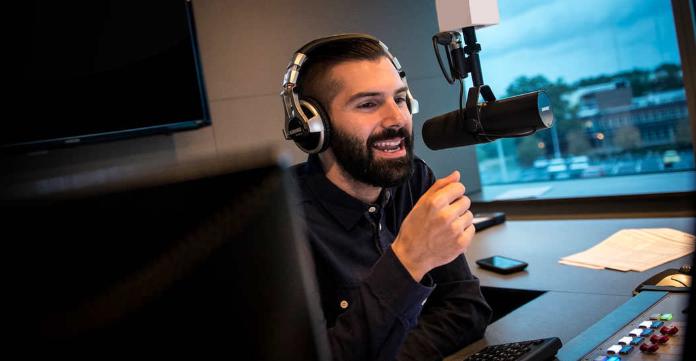 Xtra Radio Mike Adam - Radio 4.0. Chi ha detto che le web radio non fatturano? Il caso  di Xtra Radio: quasi 150.000 euro all'anno e 30.000 ascolti al giorno