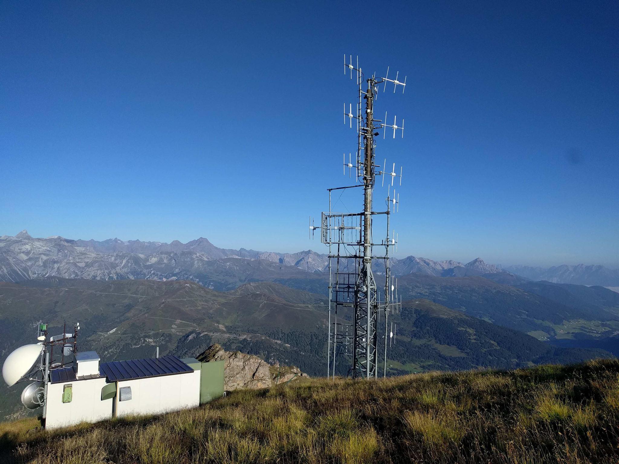 antenne Schwarzenstein 1 - Storia della Radiotelevisione Italiana. Radio Isarco International: un piede in Italia, l'altro in Austria