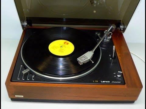 Giradischi Lenco L 78 - Radio. Nell'era 4.0 ricordando i mitici Lenco L75 e L78...