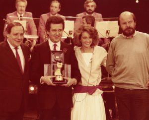 """Premio Telegatto 1984 per il Bingoo 300x242 - Tv libere. """"Ti ricordi quella sera?"""" la mostra-tributo ad Antenna 3 Lombardia di Renzo Villa a Milano dal 3 al 30/11/2017"""